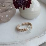 DIY-Idee halbachblog: Armbänder knüpfen mit Satinkordel und Silber-Accessoire