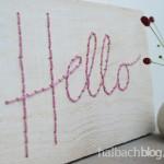 DIY-Idee halbachblog: Schriftzug mit Kordel auf Holz sticken