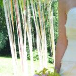 DIY-Idee halbachblog: Backdrop für die Hochzeit aus Bändern und Spitze in warmen Pastellfarben