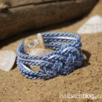 DIY-Idee halbachblog: Seemannsknoten-Armband aus matter, melierter Polyesterkordel und glänzender Satinkordel