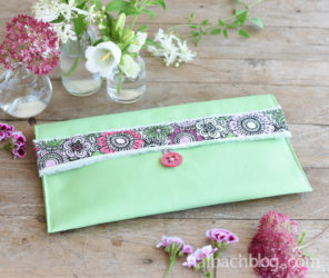 Selfmade Style: Clutch nähen mit DIY-Ausmalband
