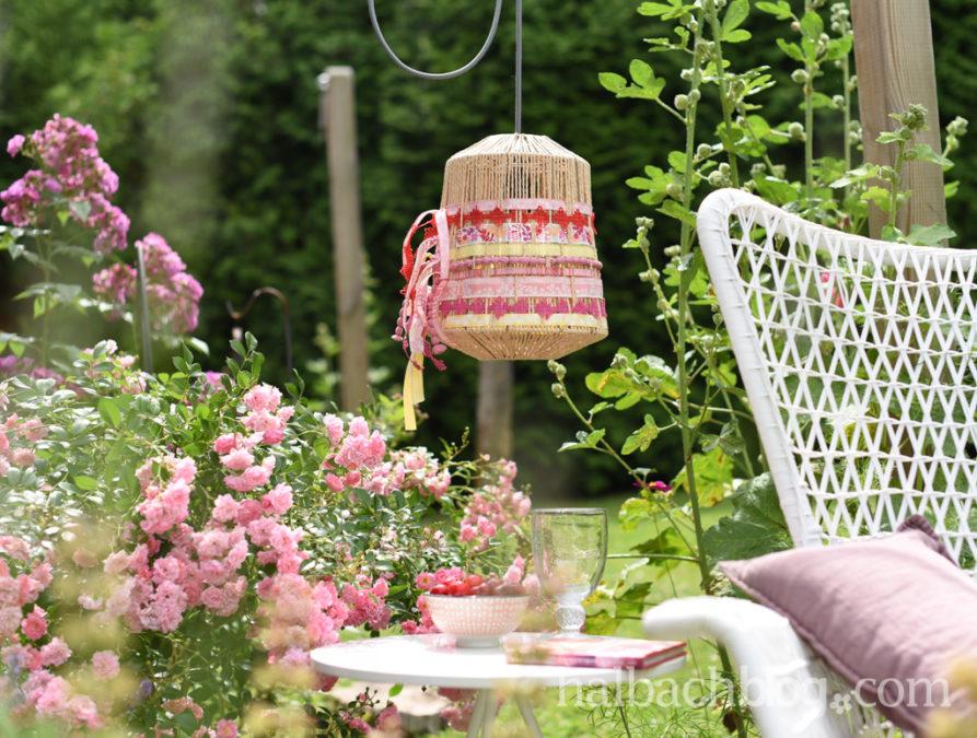 Summertime: Bänderlampe fürs Draußenzimmer