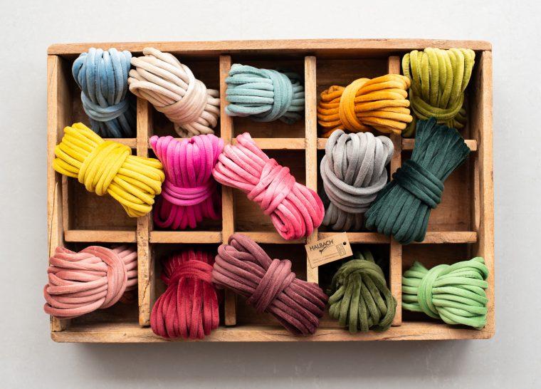 Halbach Seidenbänder I Samtschnur kaufen I gibt's in vielen Trendfarbenen