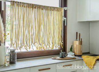 DIY-Vorhang aus Pompon-Schnur